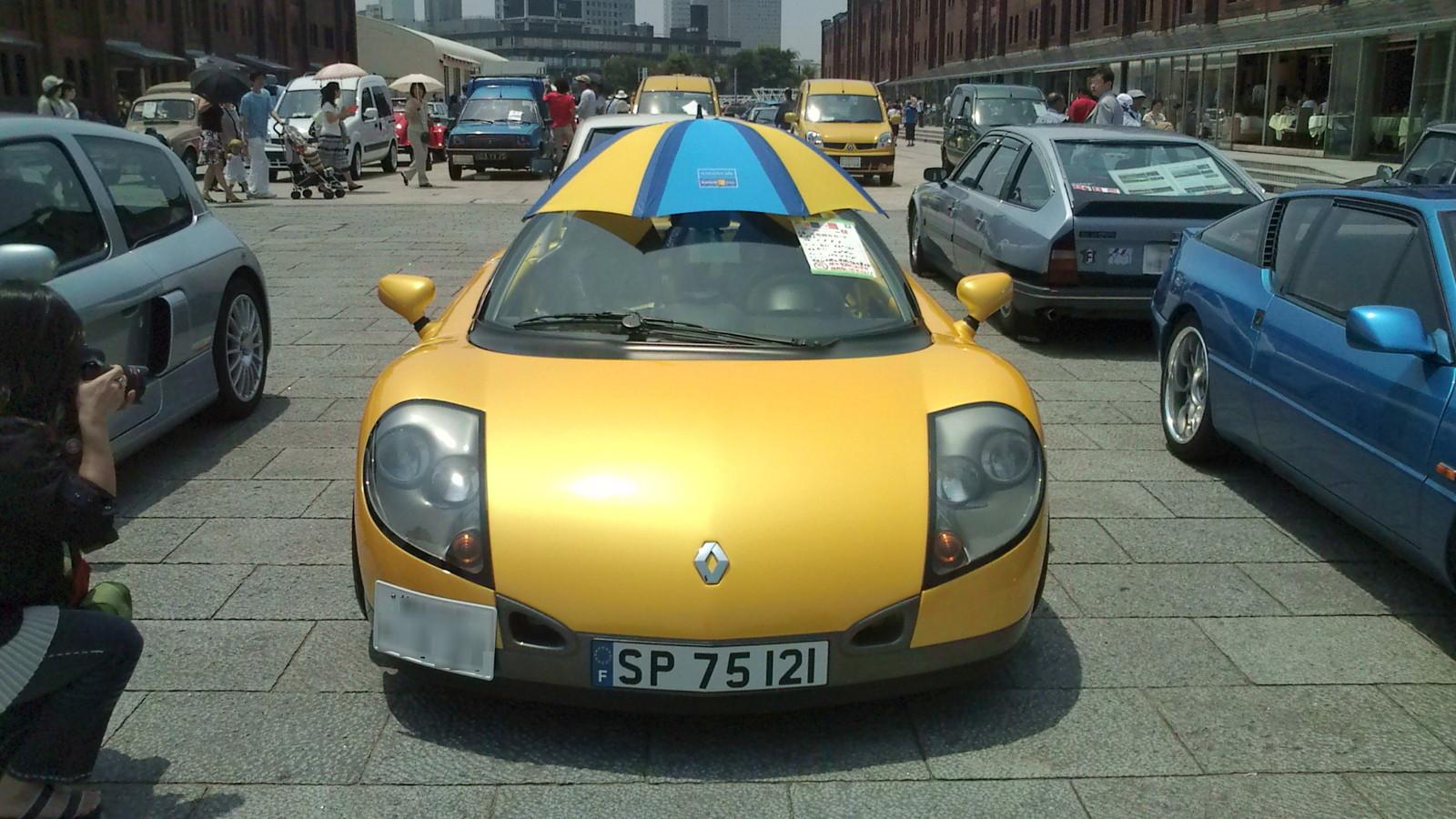 F1000048